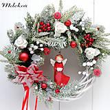 Dekorácie - Elegantný vianočný veniec s anjelom - 13832777_