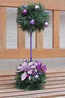 Dekorácie - Fialová vianočná dekorácia na parapet - 13832665_