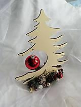 Dekorácie - Vánoční dekorace- stromeček - 13835365_