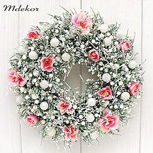 Dekorácie - Ľadový vianočný veniec do ružova - 13835772_