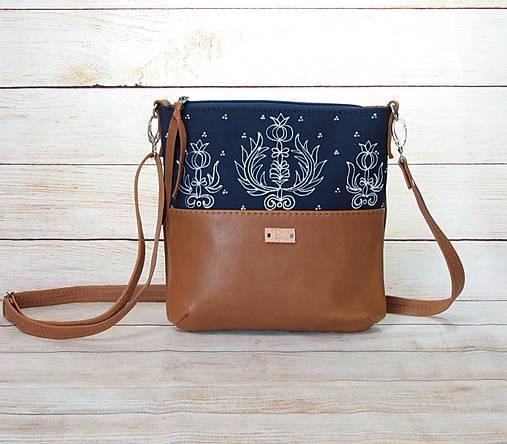Modrotlačová  kožená kabelka Dara AM 9