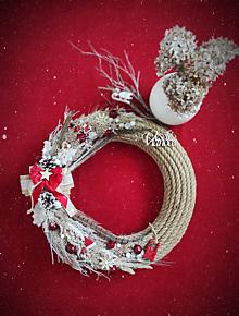 Dekorácie - Vianočný veniec ,,Zasnežená lúka,, - 13847219_