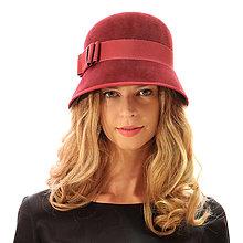 Čiapky, čelenky, klobúky - Klobúk Bow - vínovo červený s mašľou - 13846148_