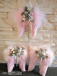 Dekorácie - *Vianočné krídla v ružovej farbe 3 typy - 13857431_