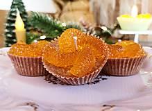 Svietidlá a sviečky - Sviečky vianočné, vonné, muffin s mandarinkami - 13857941_