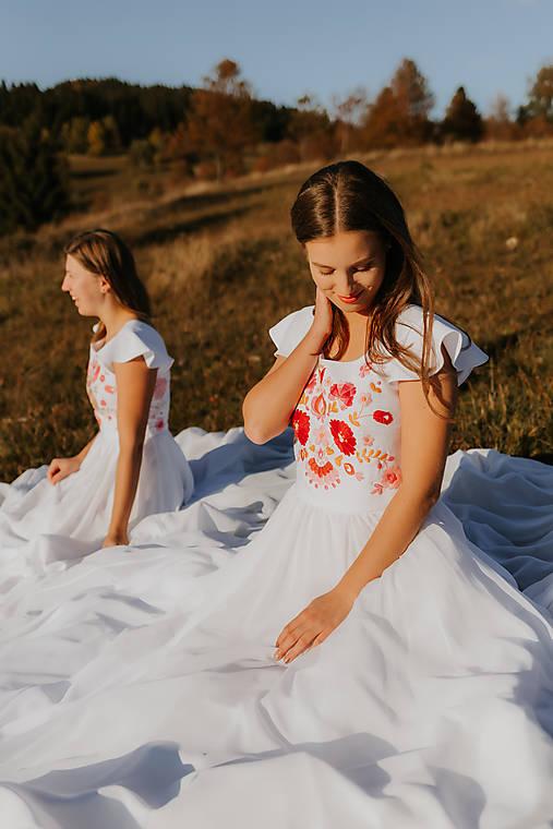 Svadobné šaty Motýľ