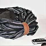 Doplnky - Exkluzívny pánsky ľanový nákrčník s koženým remienkom - 13864084_