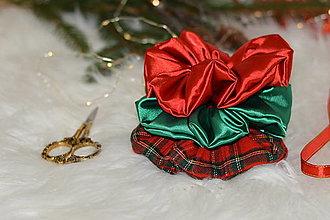 Ozdoby do vlasov - Vianočné gumičky -káro,červená ,zelená - 13866028_