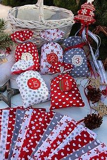 Úžitkový textil - Adventný kalendár-Šedo-červený - 13865210_