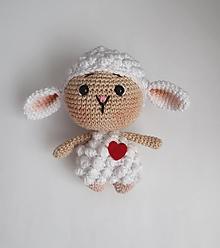 Hračky - Háčkované mini zvieratká (Ovečka) - 13867423_