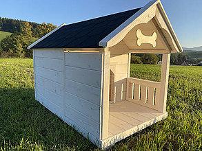 Nábytok - Masívna drevená búdka s terasou XXL - 13869717_