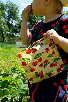 Úžitkový textil - Vrecko čerešňové cca 35x25cm - 13874409_