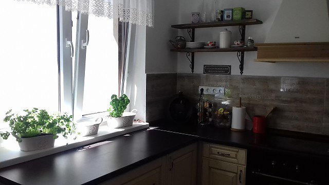 7734293a49e4 Toto mám zo SAShE.sk - policky do kuchyne   SiLapLap   SAShE.sk